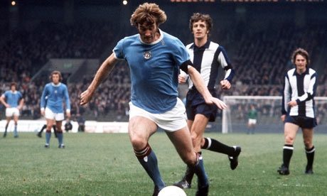 Rodney Marsh playing for Man City