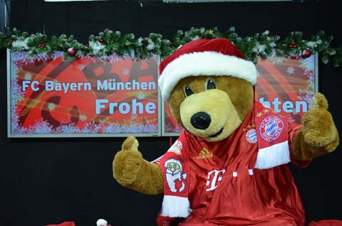 FC Bayern And Christmas Music