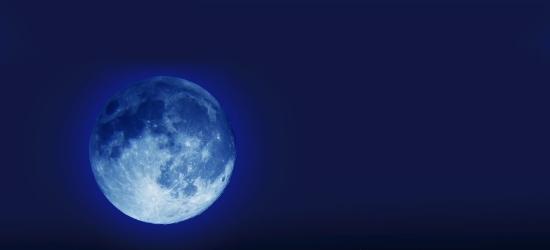 Blue Mooooon...