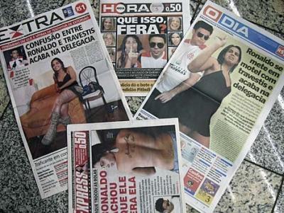 Newspaper headlines about Ronaldo and the transvestite