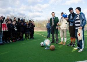 Unveiling The Ball 2014 (photo: Jonathon Vines)