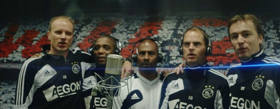 Ajax Footballers, Singing